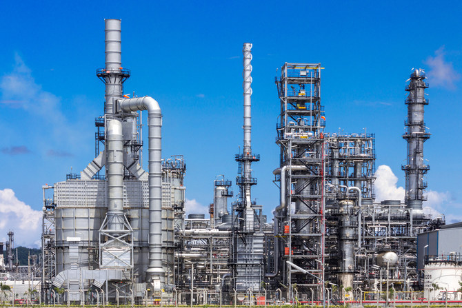 Chinese firms to invest $15 billion in Pakistan's petrochemicals
